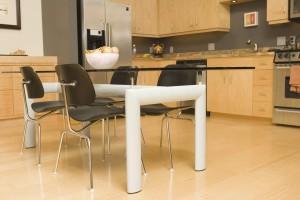 Choosing Between Wood Flooring and Tile Flooring