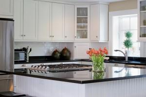 5 Benefits of Custom Wood Cabinets