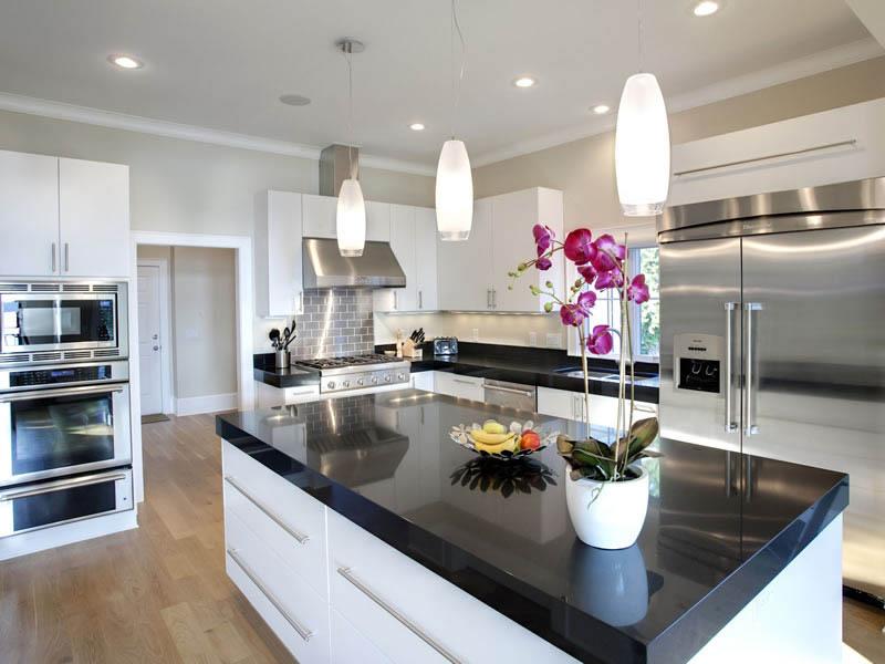 Quartz Vs Granite Helping You Select A Material For Your Countertops Carolinas Custom