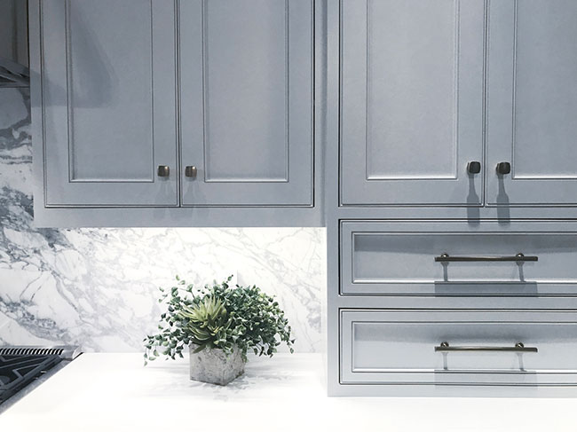 A Comparative Guide to Kitchen Cabinets